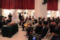 А.Семенов рассказывает зрителям о себе и своем творчестве