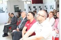 展览开幕式参加者Участники церемонии открытия выставки