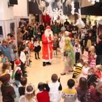 俄罗斯文化中心专为儿童举办的新年演出Новогодние представления для детей в Российском культурном центре