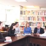 与观想艺术中心代表的座谈 Встреча с представителем центра искусств «Гуаньсян»
