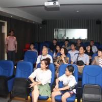 观影前的留苏分会会员Участники – члены КАВС в кинозале перед показом фильма