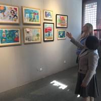 观展Осмотр экспозиции выставки