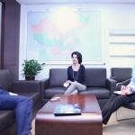 与莫斯科国立电子技术学院副校长的工作会谈 于俄罗斯国际人文合作署驻华代表处进行В представительстве Россотрудничества в Китае прошла рабочая встреча с проректором НИУ МИЭТ