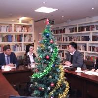 На встрече с делегацией медиагруппы «Хуася»
