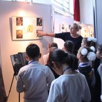 参观《人Ÿ世界Ÿ宇宙》航天主题展览 Посещение выставки «Человек. Вселенная. Космос»