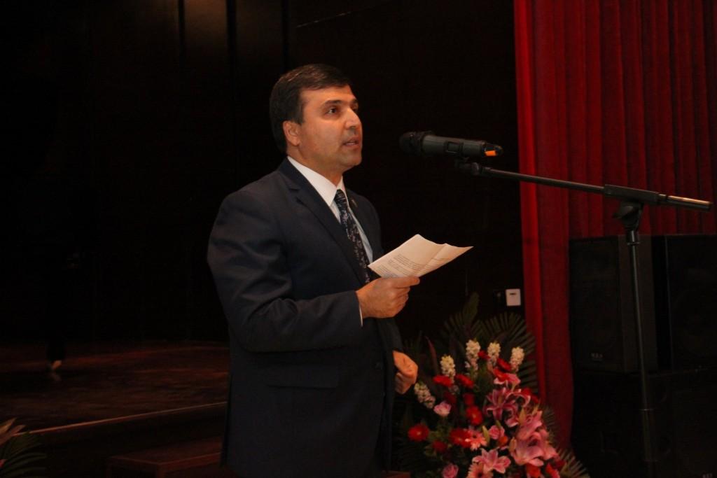 塔吉克斯坦共和国驻华大使达夫拉特佐达致辞 Выступление Посла Республики Таджикистан в Китае П.Давлатзода