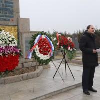 Выступление Генерального консула России в Шэньяне С.В.Черненко на церемонии возложения венков и цветов к воинским захоронениям на кладбище «Хуаншань» в Харбине