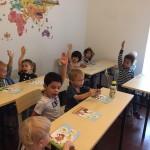 Российский культурный центр в Пекине передал книги Русскому детскому клубу в Гуанчжоу