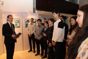 Экскурсия по выставке «Я говорю с тобой из Ленинграда»