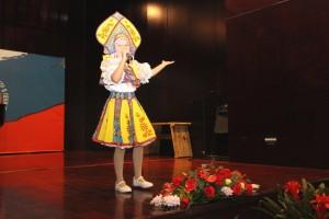 古佐娃演唱《最好的朋友》 Гузова Юлия исполняет песню «Лучшие друзья»
