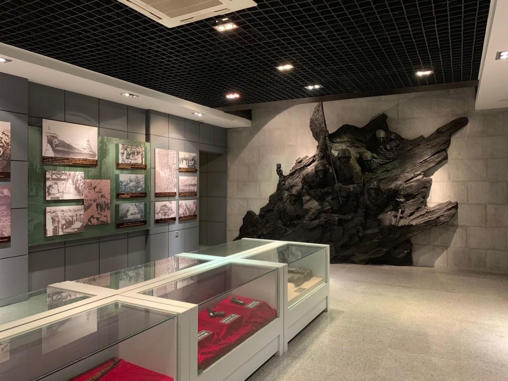 Экспозиция Музея истории освобождения Северо-Востока Китая Советской армией 旅顺苏军纪念馆展品