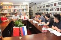 Начальник управления СибГУ Е.Фибих рассказывает об университете