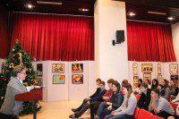 Школьники слушают рассказ о жизни А.С. Грибоедова / 学生们在聆听对格里鲍陀耶夫生平的讲述