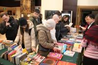 В благотворительной акции участвуют не только россияне, но и китайцы  参加慈善活动的不仅有俄罗斯人,还有中国人