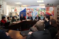 Профессор РУДН Сергей Ресянский выступает с докладом.